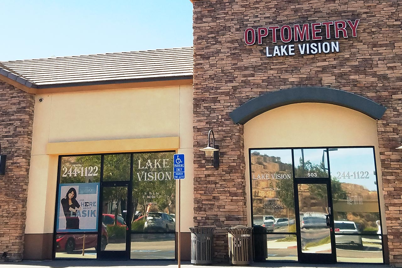 The front of the Lake Vision Optometry office